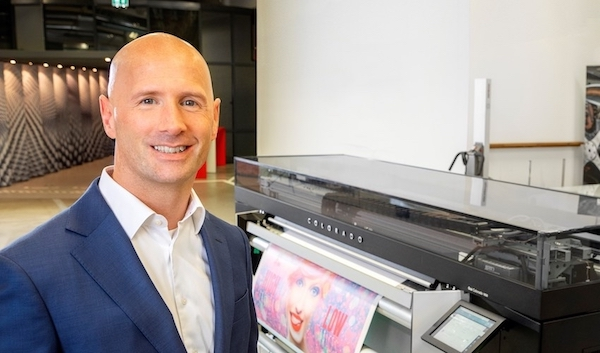 Dirk Brouns Vice President Large Format Graphics Océ Technologies a Canon Company